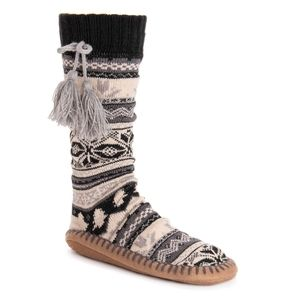Women's MUK LUKS Slipper Socks with Tassels